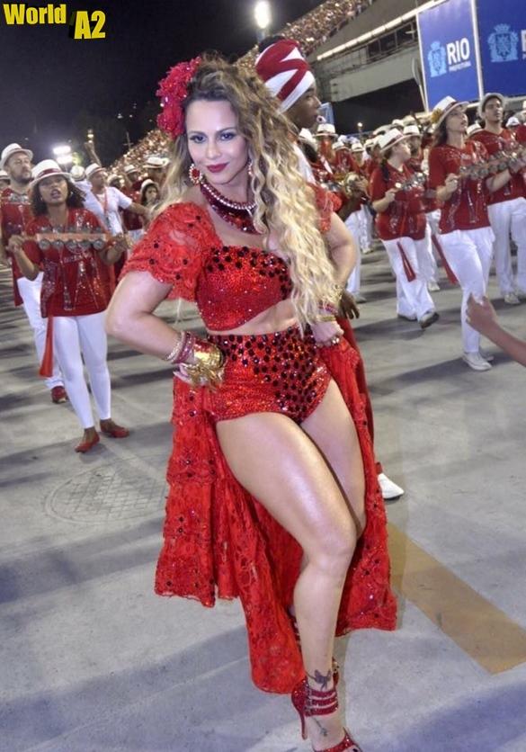 Viviane Araújo no Carnaval de 2016 7